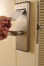 hotel-keycard-vertical
